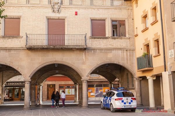 Place du Général Los Arcos, à l'arrière de l'Hôtel de ville, Sangüesa, Navarra
