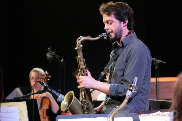 Saxophoniste, Big Band du Conservatoire Jacques Thibaud, section MMA. Festival JAZZ360, Cénac. 03/06/2011