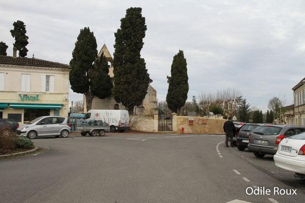 La place du bourg par Odile Roux. Cénac d'aujourd'hui. 13/01/2018
