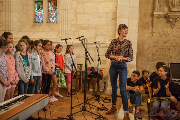 La Chorale jazz du TAP de l'école de Cénac, dirigée par Caroline Turtaut. Festival JAZZ360 2016