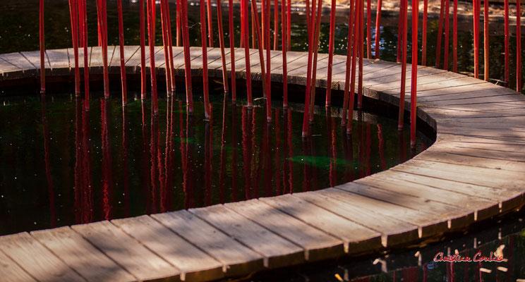 Carré et rond de Yu KONGJIAN. Prés de Goualoup, Domaine de Chaumont-sur-Loire. Lundi 13 juillet 2020. Photographie © Christian Coulais