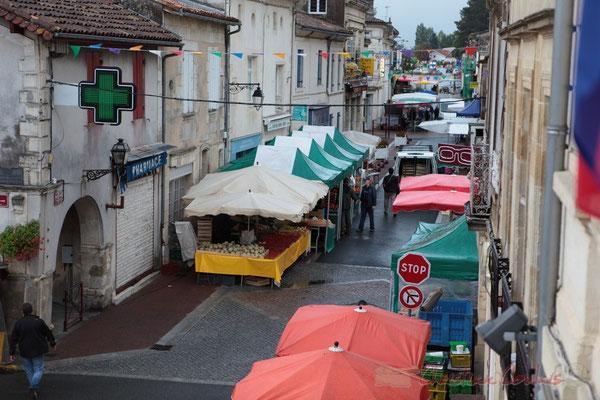 Rue Amaury de Craon, Marché de Créon, Gironde