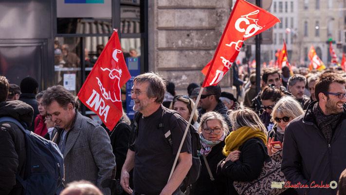 14h23 CGT I.N.R.A. Manifestation intersyndicale de la Fonction publique/cheminots/retraités/étudiants, place Gambetta, Bordeaux. 22/03/2018