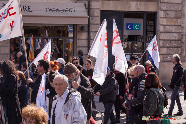 15h07 La France insoumise. Manifestation intersyndicale de la Fonction publique/cheminots/retraités/étudiants, place Gambetta, Bordeaux. 22/03/2018
