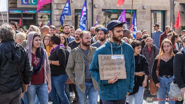 """""""LREM Gouvernement d'occupation financière"""" Manifestation contre la réforme du code du travail. Place Gambetta, Bordeaux, 12/09/2017"""