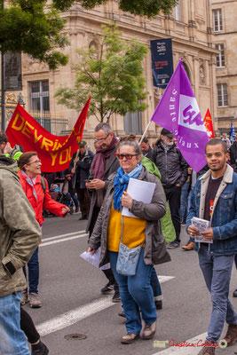 10h39 Tractages par des militant CGT. Drapeau Sud Santé Sociaux. Cours d'Albret, Bordeaux. 01/05/2018