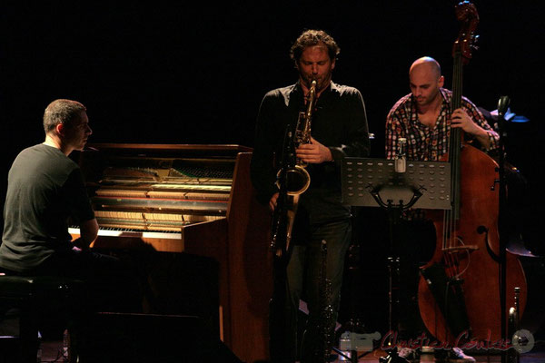 Jean-Yves Jung, Frédéric Borey, Mauro Gargano; Roger Biwandu Quintet, Festival JAZZ360 2011, Cénac. 03/06/2011