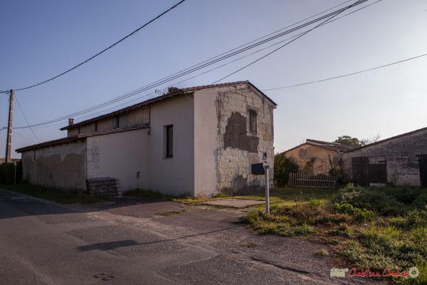 6 Habitat vernaculaire. Avenue de Mons, Cénac, Gironde. 16/10/2017