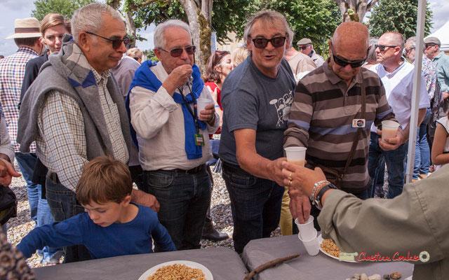 Pierre Cazenave, Richard Raducanu, Daniel Branche, bénévoles du Festival JAZZ360 2019. Apéritif offert par la Mairie de Camblanes-et-Meynac. 08/06/2019