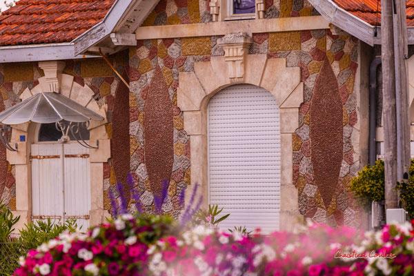 Villa du XXème siècle, Soulac-sur-Mer. Samedi 3 juillet 2021. Photographie © Christian Coulais