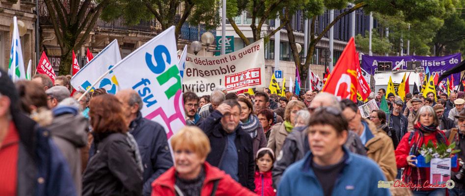 10h34 Manifestation du 1er mai 2018, Fête du travail : Solidarité internationale des travailleurs. Cours d'Albret, Bordeaux. 01/05/2018