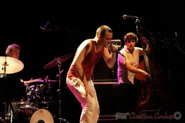"""Philippe Gleizes, Médéric Collignon, Frédéric Chaffoleau; Médéric Collignon """"Jus de Bocse"""". Festival JAZZ360 2011, Cénac. 04/06/2011"""