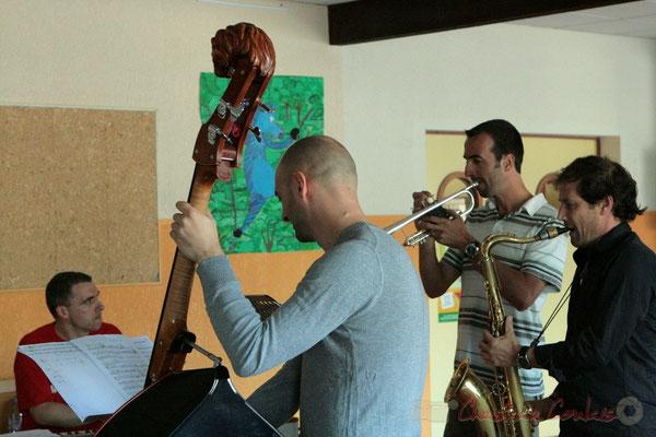 Répétition de Roger Biwandu Quintet. Festival JAZZ360, Les coulisses du Festival à Cénac. 03/06/2011