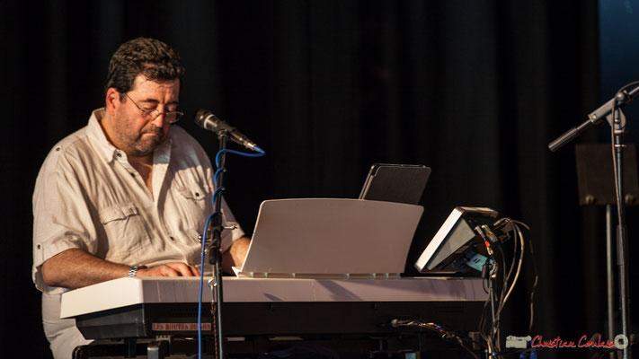 Jean-Pascal Pérales, Mist Monkeys. Concert de soutien des Insoumis de la 12ème circonscription de la Gironde. 28/05/2017, Targon