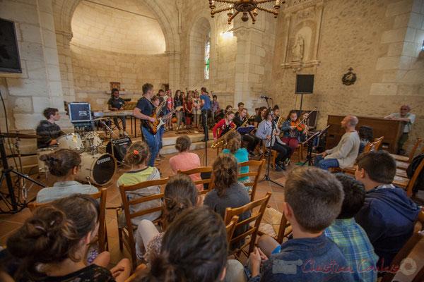 Superbe moment de partage avec cet échange entre Le Big Band Jazz du Collège de Monségur et la Chorale jazz de l'école de Le Tourne, 10/06/2016