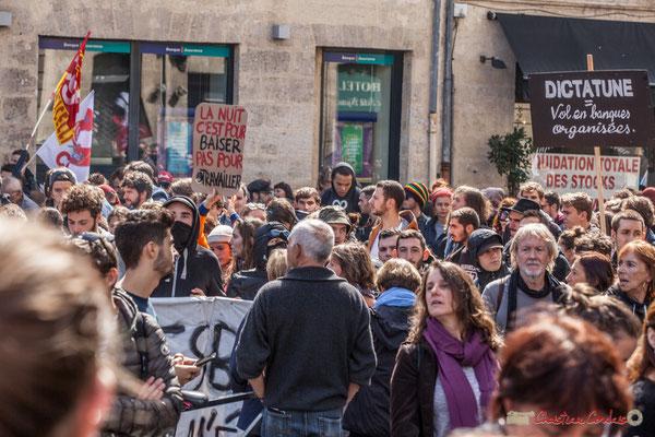 """""""Liquidation totale des stocks"""" Manifestation contre la réforme du code du travail. Place Gambetta, Bordeaux, 12/09/2017"""