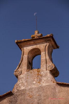 """""""Clocheton à la lune"""" Eglise Notre-Dame-de-Fargues, Fargues-de-Langon. Samedi 10 octobre 2020. Photographie © Christian Coulais"""