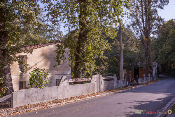 Habitat vernaculaire. Avenue de Roquebrune, Cénac, Gironde. 16/10/2017