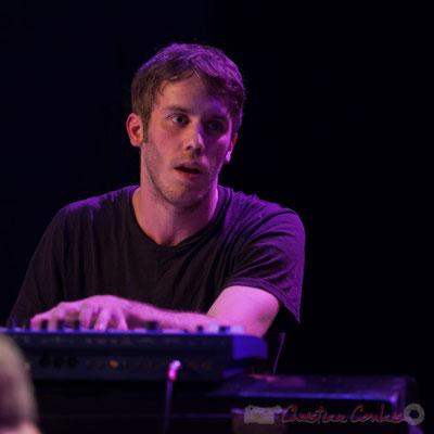 Le Jardin Quartet : Simon Chivallon, piano. Festival JAZZ360 2016, 10/06/2016