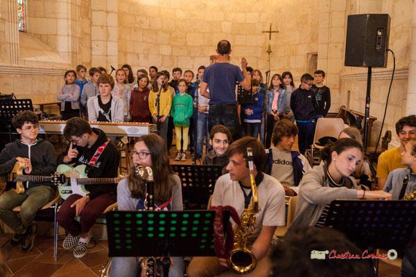 Chorale des CE2 / CM du Tourne dirigée par Vincent Nebout. Festival JAZZ360 2019, vendredi 7 juin 2019.