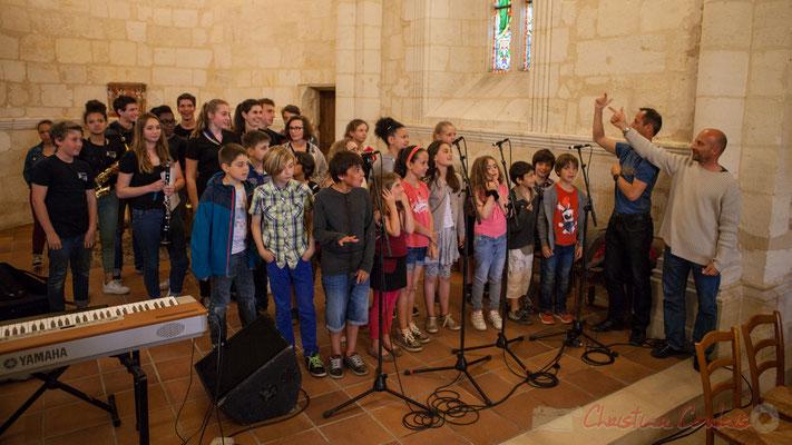 Le Big Band Jazz du Collège Eléonore d'Aquitaine de Monségur accompagne la Chorale jazz de l'école de Le Tourne. Festival JAZZ360 2016