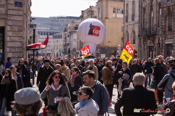 14h28 CGT Aviation civile. Manifestation intersyndicale de la Fonction publique/cheminots/retraités/étudiants, place Gambetta, Bordeaux. 22/03/2018