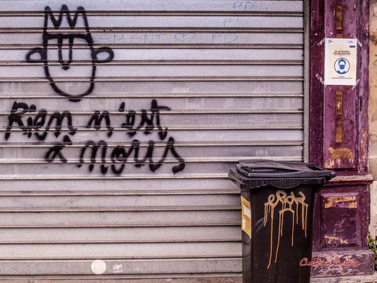 """""""Bar fermé COVID-19 - Rien n'est à nous"""" Rue Clare, Bordeaux. Samedi 6 mars 2021. Photographie © Christian Coulais"""