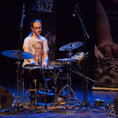 3 Simon Pourbaix du trio King Kong III. Tremplin Action Jazz 2017. Le Rocher de Palmer, Cenon