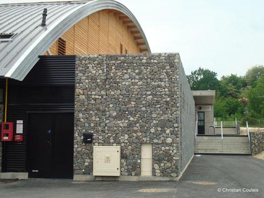 Gymnase du collège Camille Claudel. Latresne, Gironde