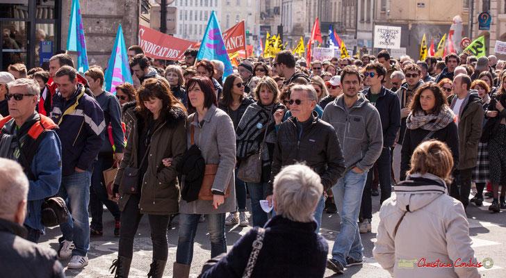 14h46 Sud Solidaires. Manifestation intersyndicale de la Fonction publique/cheminots/retraités/étudiants, place Gambetta, Bordeaux. 22/03/2018