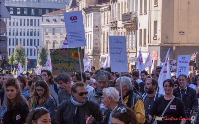 """""""M1717"""" """"Le capitaliste ça commence à bien faire ! Le petit Nicolas"""" Manifestation intersyndicale de la Fonction publique, place Gambetta, Bordeaux. 10/10/2017"""