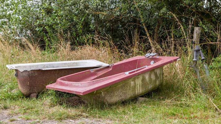Binôme ou duo de baignoire, seconde vie. Pays de Saint-Gilles-Croix-de-Vie, Vendée, Pays de la Loire