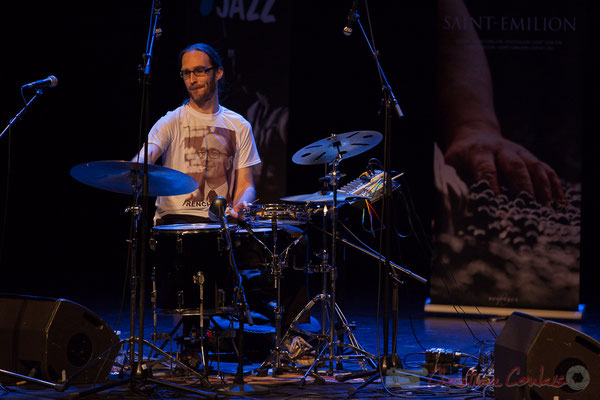 5 Simon Pourbaix du trio King Kong III. Tremplin Action Jazz 2017. Le Rocher de Palmer, Cenon