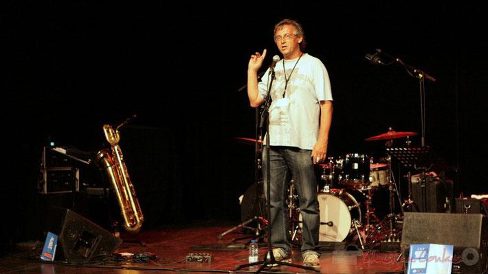 Richard Raducanu présente le dernier concert du Festival JAZZ360 2011, la Fédération Française de Baryton. Cénac, 05/06/2011