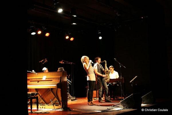 Eric Pérez, Olinka Mitroshina, Frédéric Borey, Hervé Saint-Guirons; Olinka Mitroshina Quartet, Festival JAZZ360 2011, Cénac. 01/06/2011