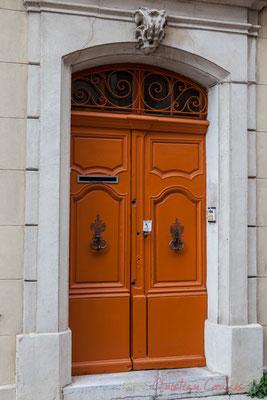 22 Porte double battant d'hôtel particulier, Arles