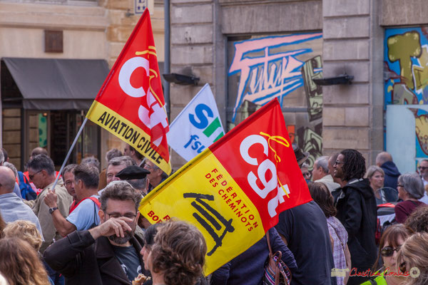 C.G.T. Aviation civile. C.G.T. Fédération des cheminots. Manifestation intersyndicale de la Fonction publique, place Gambetta, Bordeaux. 10/10/2017