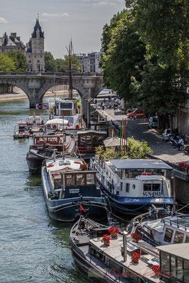 Port des Saints-Pères, Paris 7ème