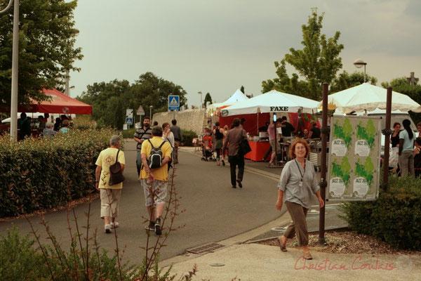 Une petite crêpe pour patienter ? Festival JAZZ360 2011, Cénac. 03/06/2011