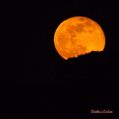 Super lune. Mercredi 8 avril 2020, 21h32mn39s. Cénac, Gironde, France.