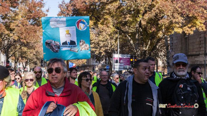 Manifestation nationale des gilets jaunes. Cours d'Albret, Bordeaux. Samedi 17 novembre 2018