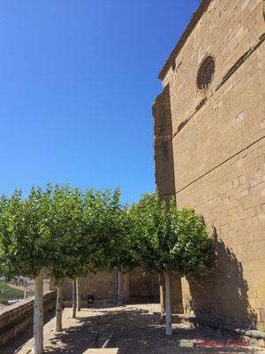 Parvis de l'église San Pedro / Plaza de la Iglesia de San Pedro, Aibar, Navarra