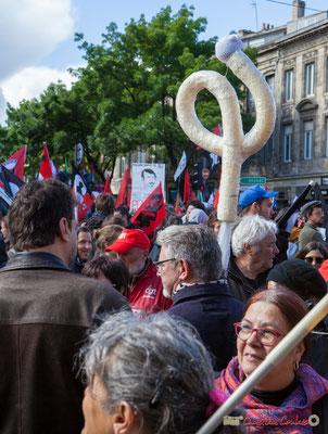 """""""PHI"""" Manifestation du 1er mai 2017, avec la France Insoumise, cours d'Albret, Bordeaux"""