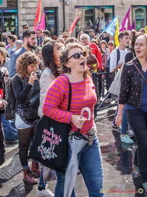 """""""Réinventons l'hospitalité, le cabas militant"""" Manifestation contre la réforme du code du travail. Place Gambetta, Bordeaux, 12/09/2017"""