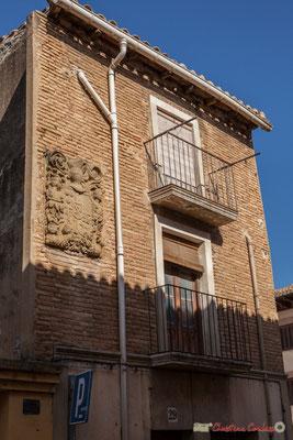 Maison noble et son blason en façade. Sangüesa, Navarra