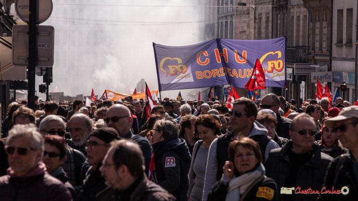 14h37 FO Santé CHU Bordeaux. Manifestation intersyndicale de la Fonction publique/cheminots/retraités/étudiants, place Gambetta, Bordeaux. 22/03/2018