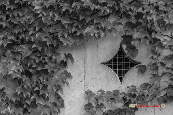 Aération Chais du Rouge, détail; Domaine de Malagar. Centre François Mauriac, Saint-Maixant. 28/09/2019 Reproduction interdite - Tous droits réservés © Christian Coulais