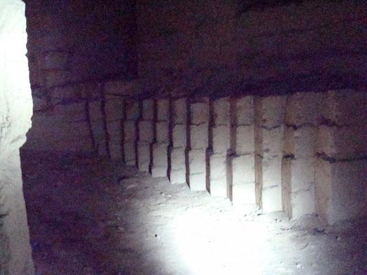 il est assez rare de voir des blocs pré-taillés © C. Coulais