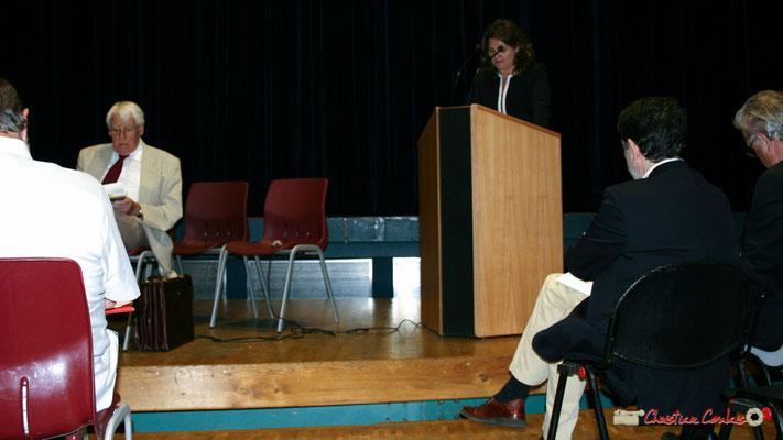 Guy Georges, secrétaire général du SNI-PEGC; Marie-Christine Darmian-Gautron, Présidente du Comité Les arbres de la Laïcité Gironde-Aquitaine. Lancement officiel de l'opération nationale Arbres de la Laïcité. Créon, 19/06/2010