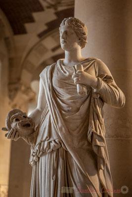 Statue féminine, dite Muse de Louveciennes , Salle du Manège, Musée du Louvre
